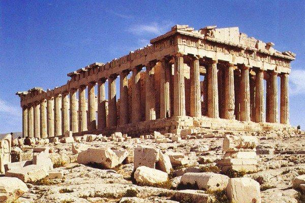 Μύθος: Γιατί πάνω από την Ακρόπολη δεν πετάνε πουλιά